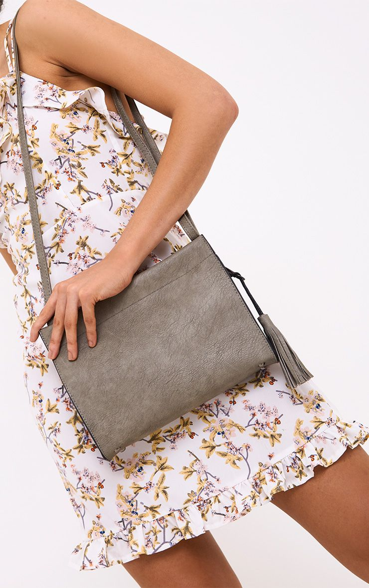 Grey Magnetic Fasten Shoulder Bag