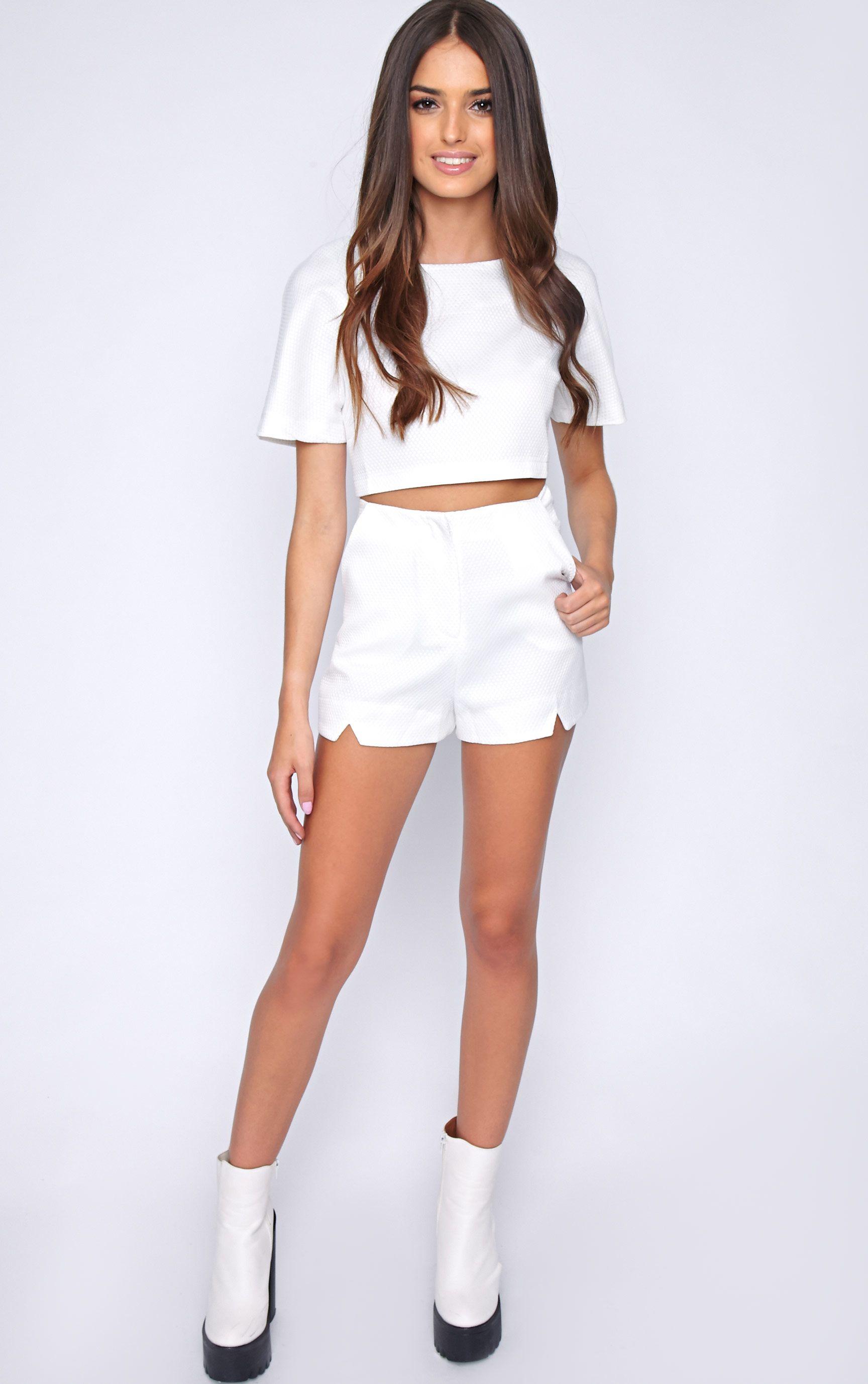 Talia White Textured Short -10 1