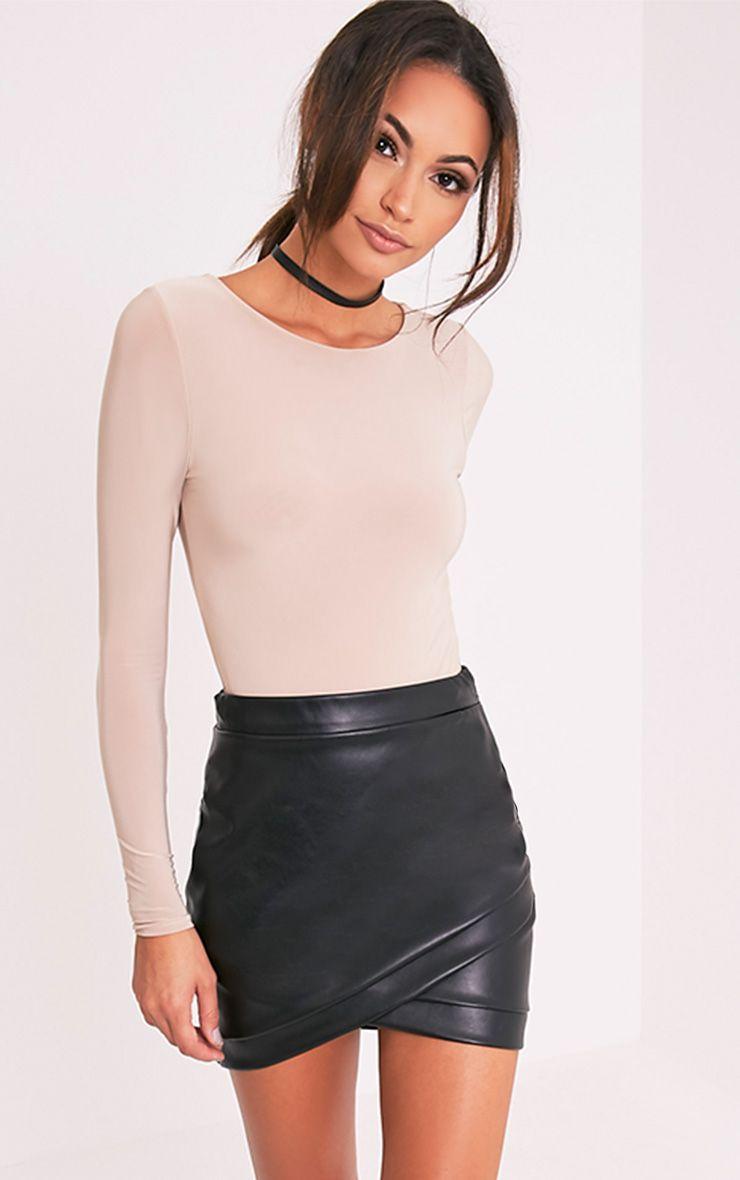 Gabriella minijupe noire imitation cuir 6