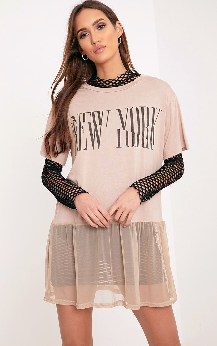 NEW YORK Spliced Slogan Nude Mesh Hem T Shirt