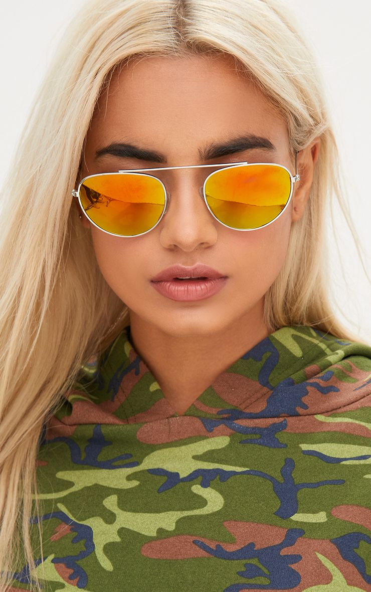 Gold Retro Style Aviator Sunglasses