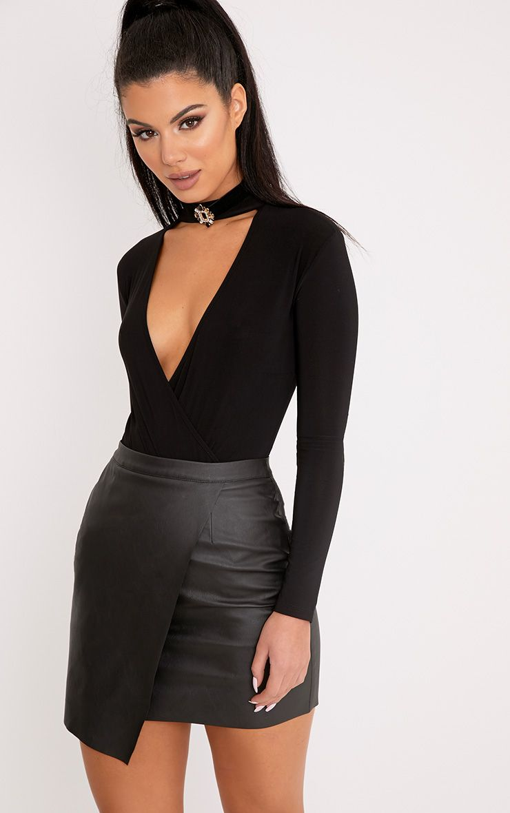 View our range of mini skirts at Missguided & discover this season's trends. Wide range of styles from bodycon to skater skirts. Shop online today.