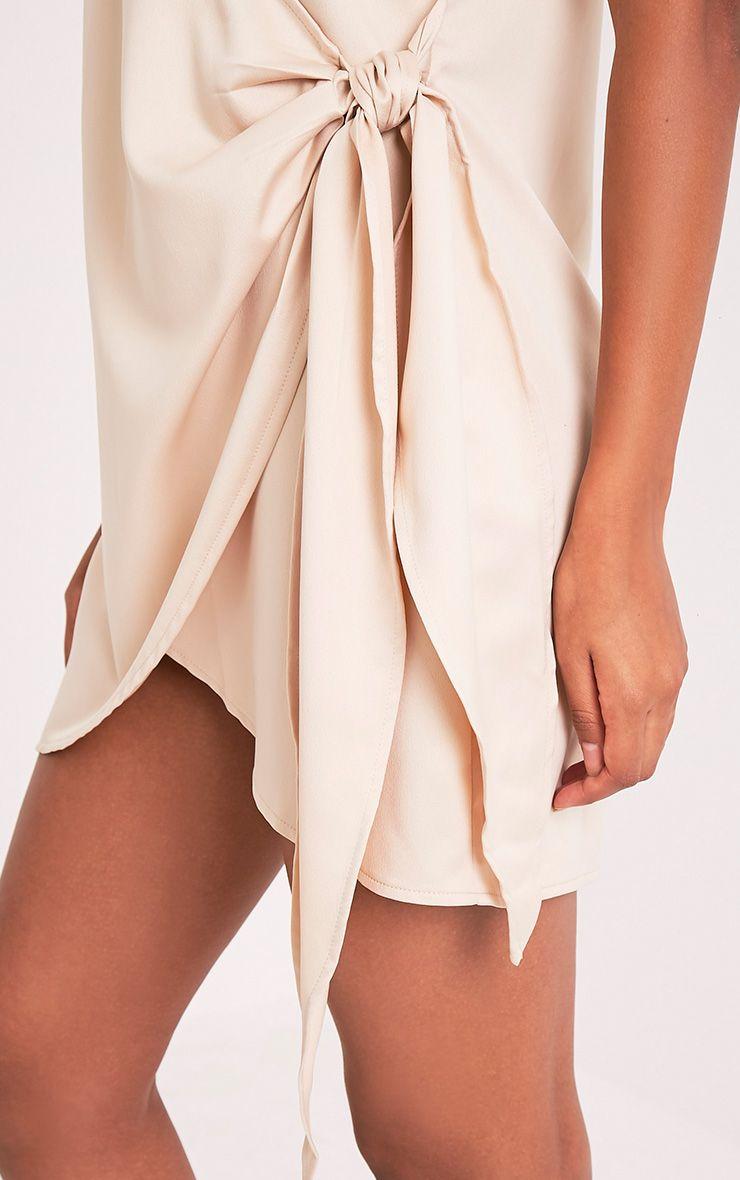 Shaylene robe chemise satinée nouée sur le côté sans manches champagne 6