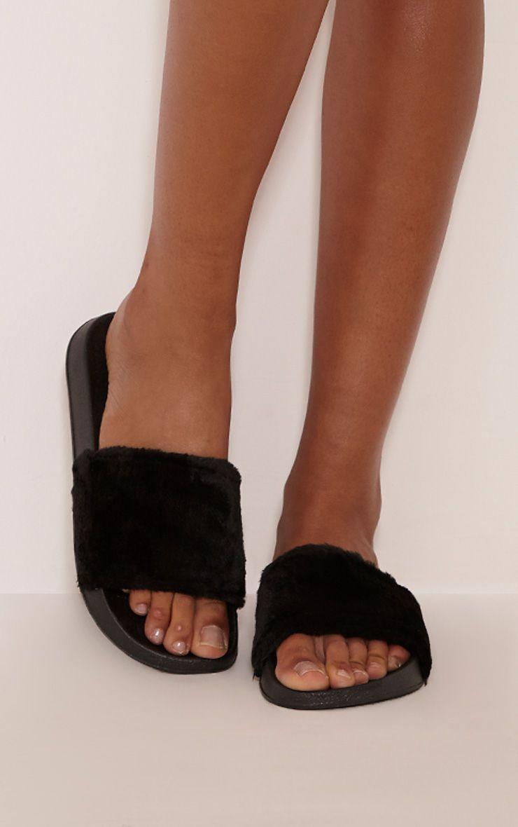 Robynn Black Fluffy Sliders