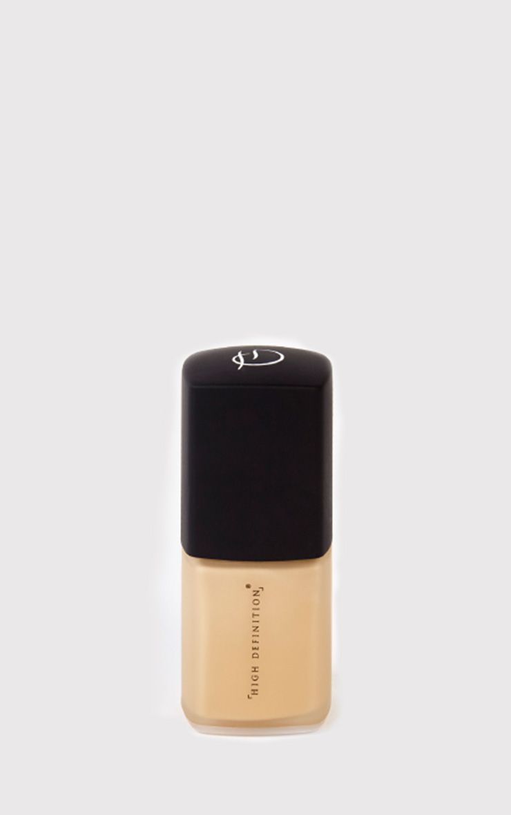 High Definition Beauty Ivory Fluid Foundation