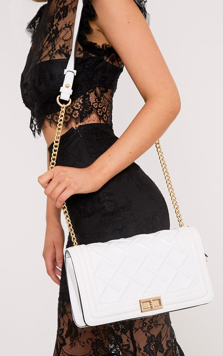 Cindy White Chain Strap Shoulder Bag
