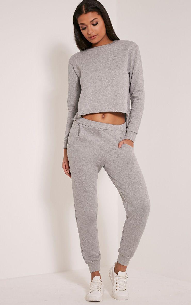 Ellia Grey Basic Joggers 1