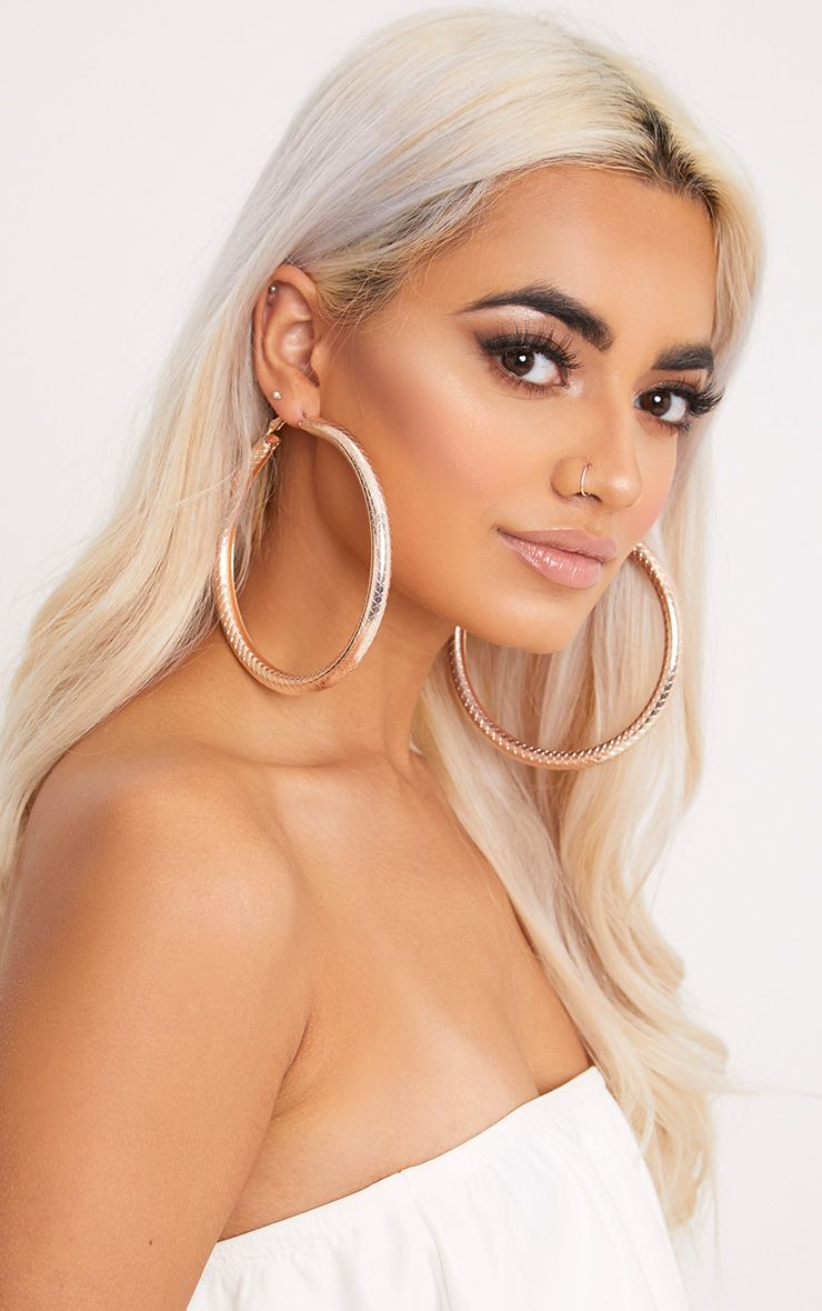 Nerys Gold Tube Hoop Earrings