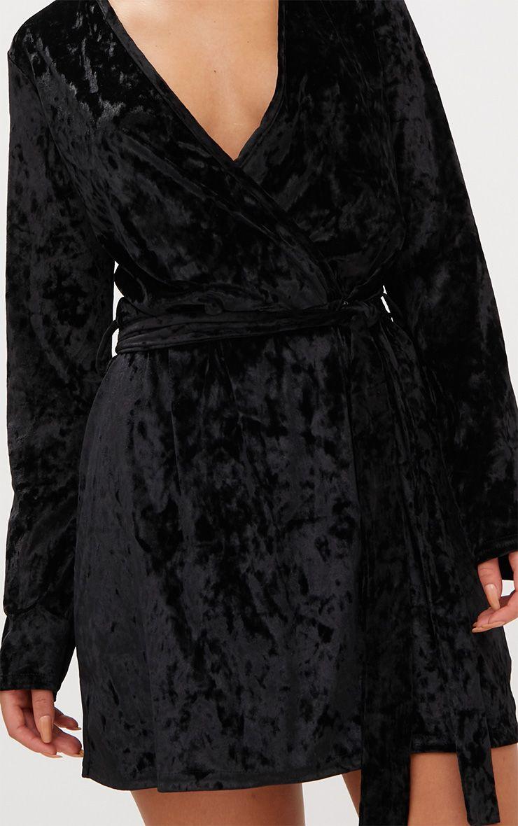 robe droite cache coeur en velours noir robes. Black Bedroom Furniture Sets. Home Design Ideas