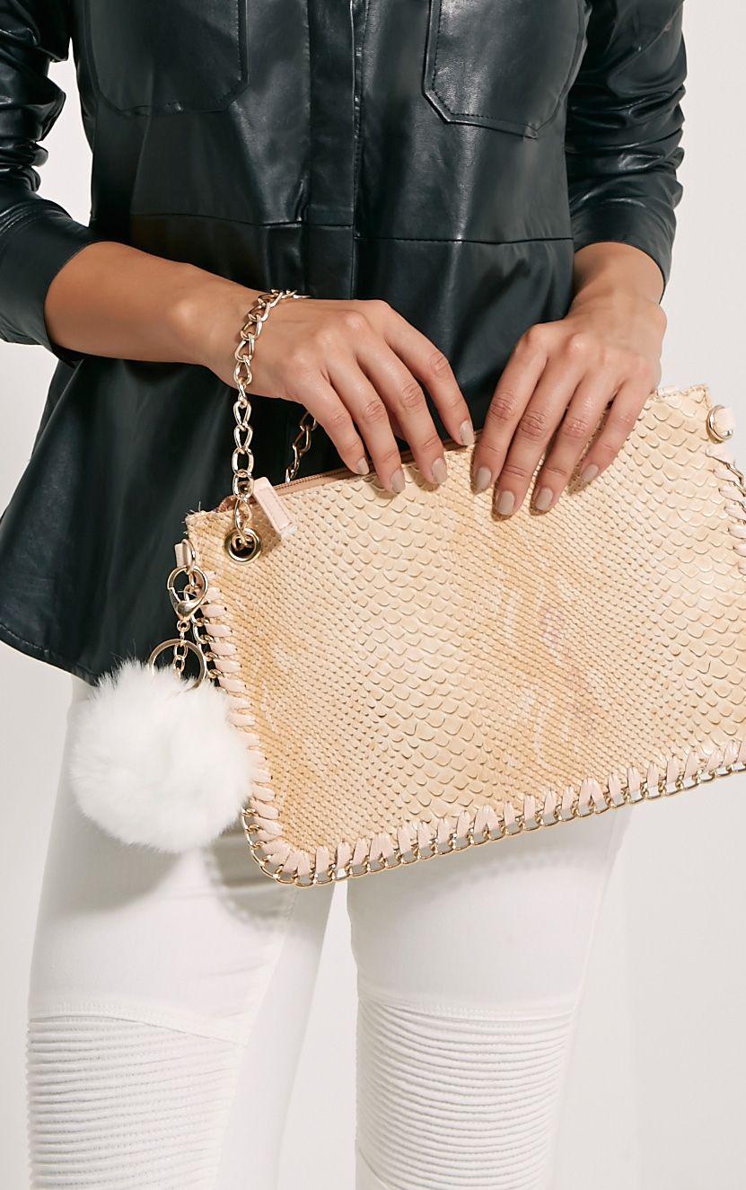 Milly White Fur Pom Pom Key Chain 1