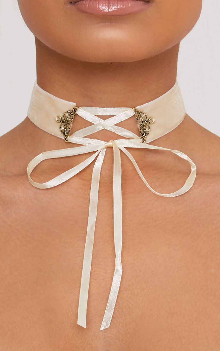 Maxime Cream Velvet Lace Up Choker