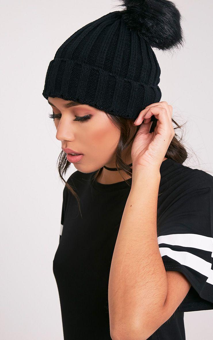 Junah Black Knitted Pom Pom Beanie