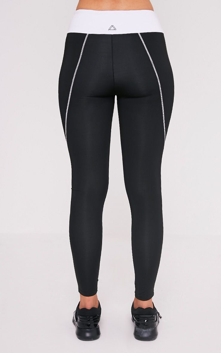 Elizabeth leggings de gym à empiècement noirs 5